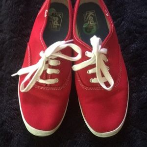 KEDS Classic Red Size 8 Like New!